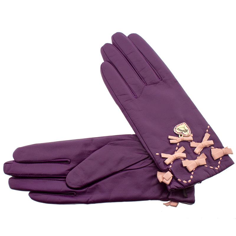 5f9b52c851 Γάντια γυναικεία δέρμα Guess 2021-06 - Γυναικειες τσαντες